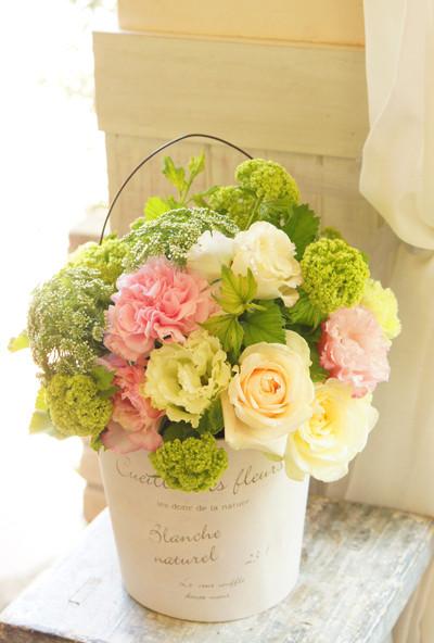 Gift shop aki flowers flower arrangement negle Images